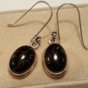 Jewelry - Sterling stone earrings
